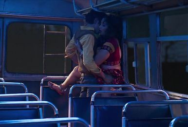 Rani Chatterjee sex in bus